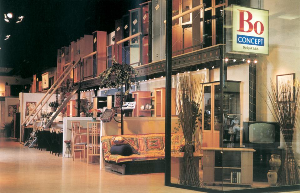 Pierwszy salon BoConcept, Paryż 1993 r.