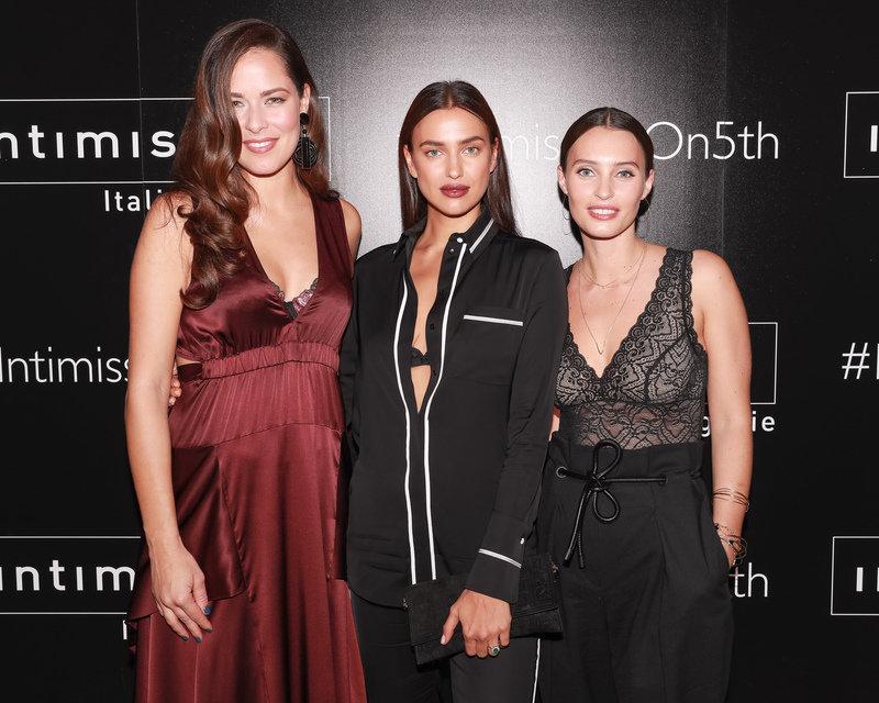 AW5I0260 - Ana Ivanovic, Irina Shayk, Ella Mills - Copy.jpg