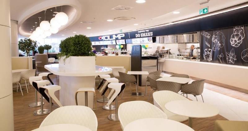 Centrum_Handlowe_Klif_foodcourt_1.jpg