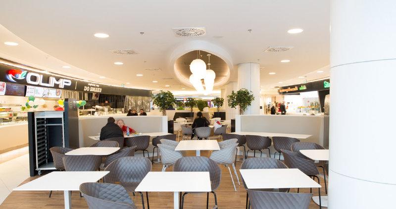 Centrum_Handlowe_Klif_foodcourt_4.jpg