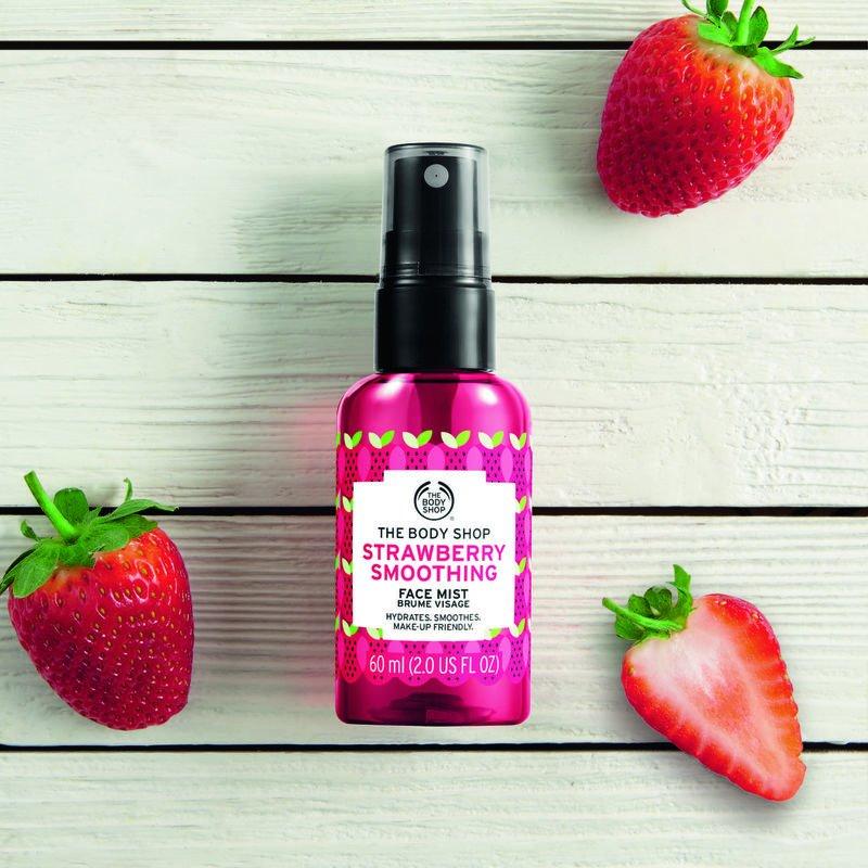 eps_jpg_1081272_3_Strawberry Smoothing Face Mist_GOLD_PCK_INNEOPS104_29,90PLN.jpg