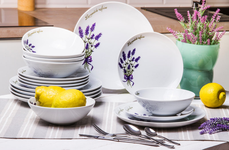 Agata SA_zestaw obiadowy z porcelany, komplet sztućców 24 elementy.jpg