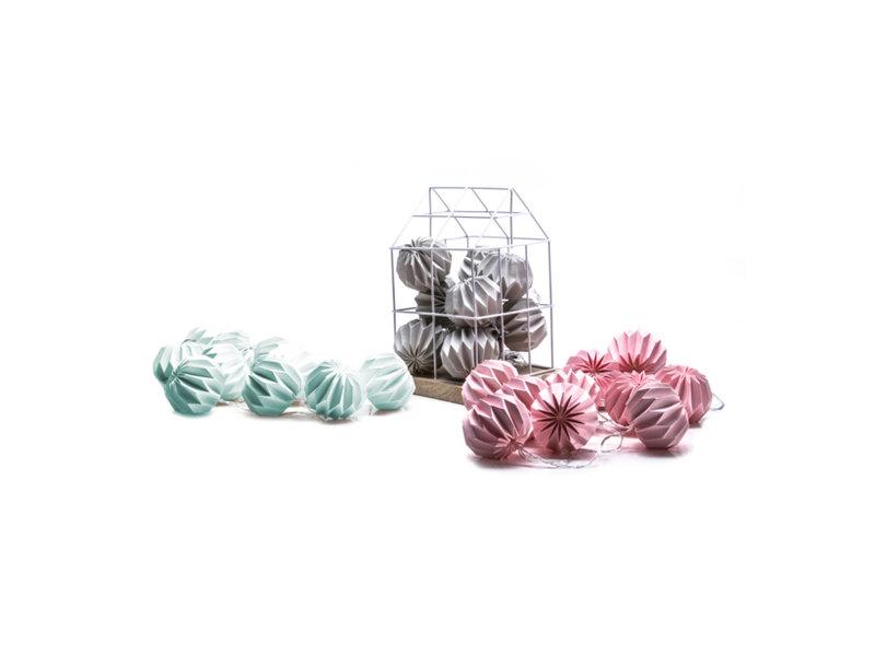 Agata SA_Paper Balls.jpg