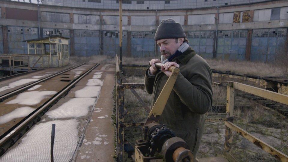 prof. Tony Pollard na stacji w Gnieźnie