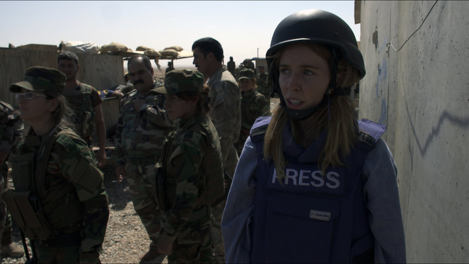 Dziewczyny bron i ISIS (2).jpg