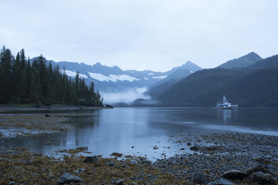 AlaskaGrizzlyGauntlet_Ep101_05.jpg