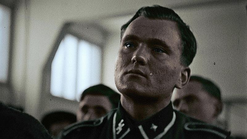 HitlersKillingMachine_InsideTheSS_06.jpg