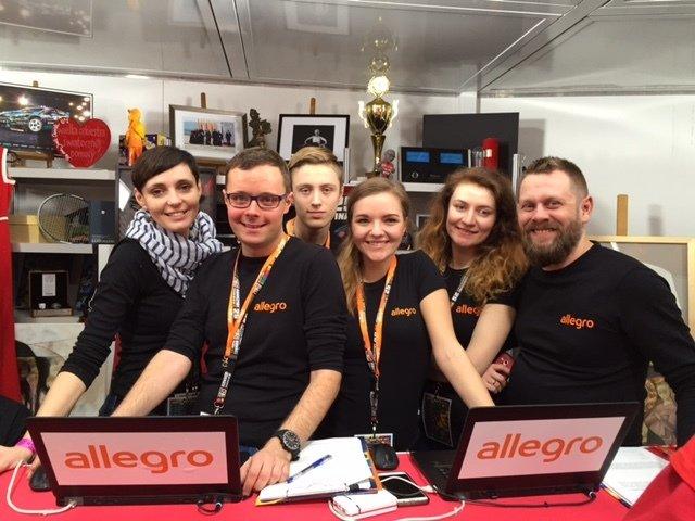 Sztab Allegro podczas 25. Finału Wielkiej Orkiestry Świątecznej Pomocy