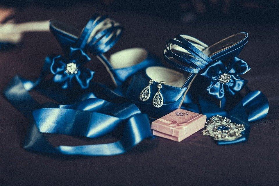 wedding-1773801_1920.jpg