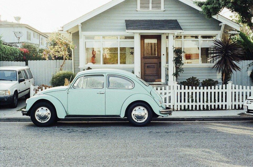 vw-beetle-405876_1920.jpg