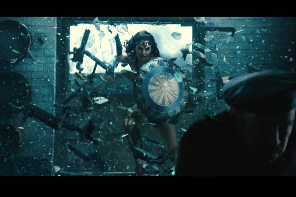 """Kadr z filmu """"Wonder Woman"""". Fot. Warner Bros Pictures"""