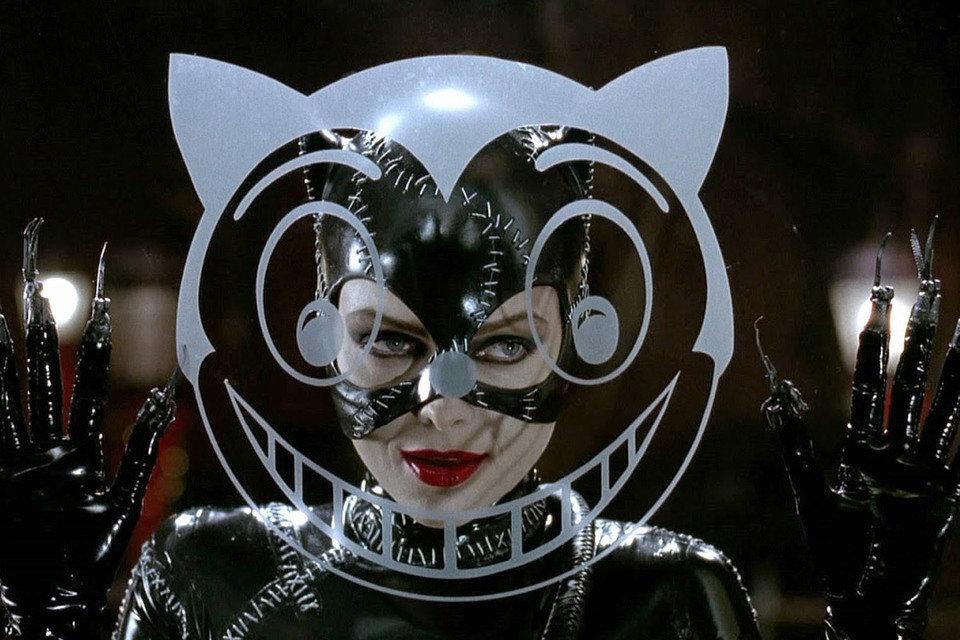 """Kadr z filmu """"Powrót Batmana"""", na zdjęciu Michelle Pfeiffer. Fot. Warner Bros Pictures"""