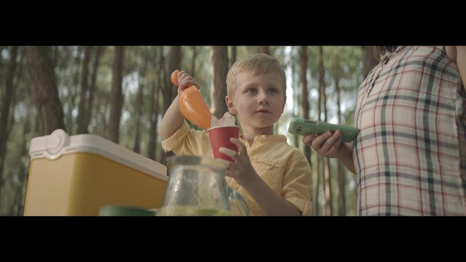 "Kadr z reklamy ""Lemoniada"""