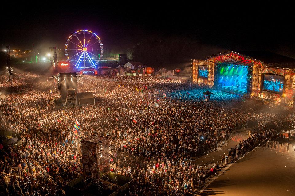Trzy dni wypełnione koncertami 83 zespołów z łączną widownią ponad 280 tys. pozytywnie zakręconych osób to sprawdzony przepis na udany wakacyjny przedłużony weekend. 21. Przystanek Woodstock. Fot. Pan Borsuk