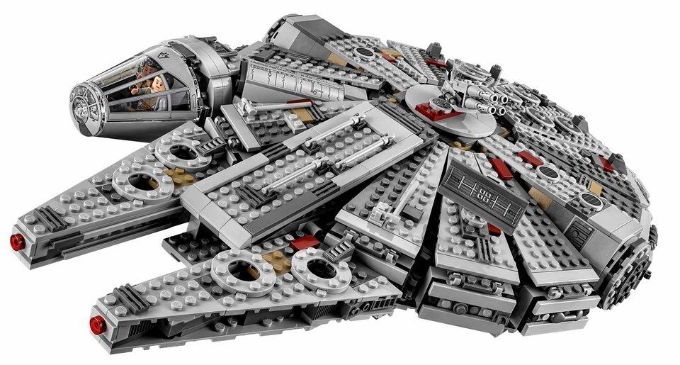 Na zdjęciu: zestaw 10179 Millenium Falcon