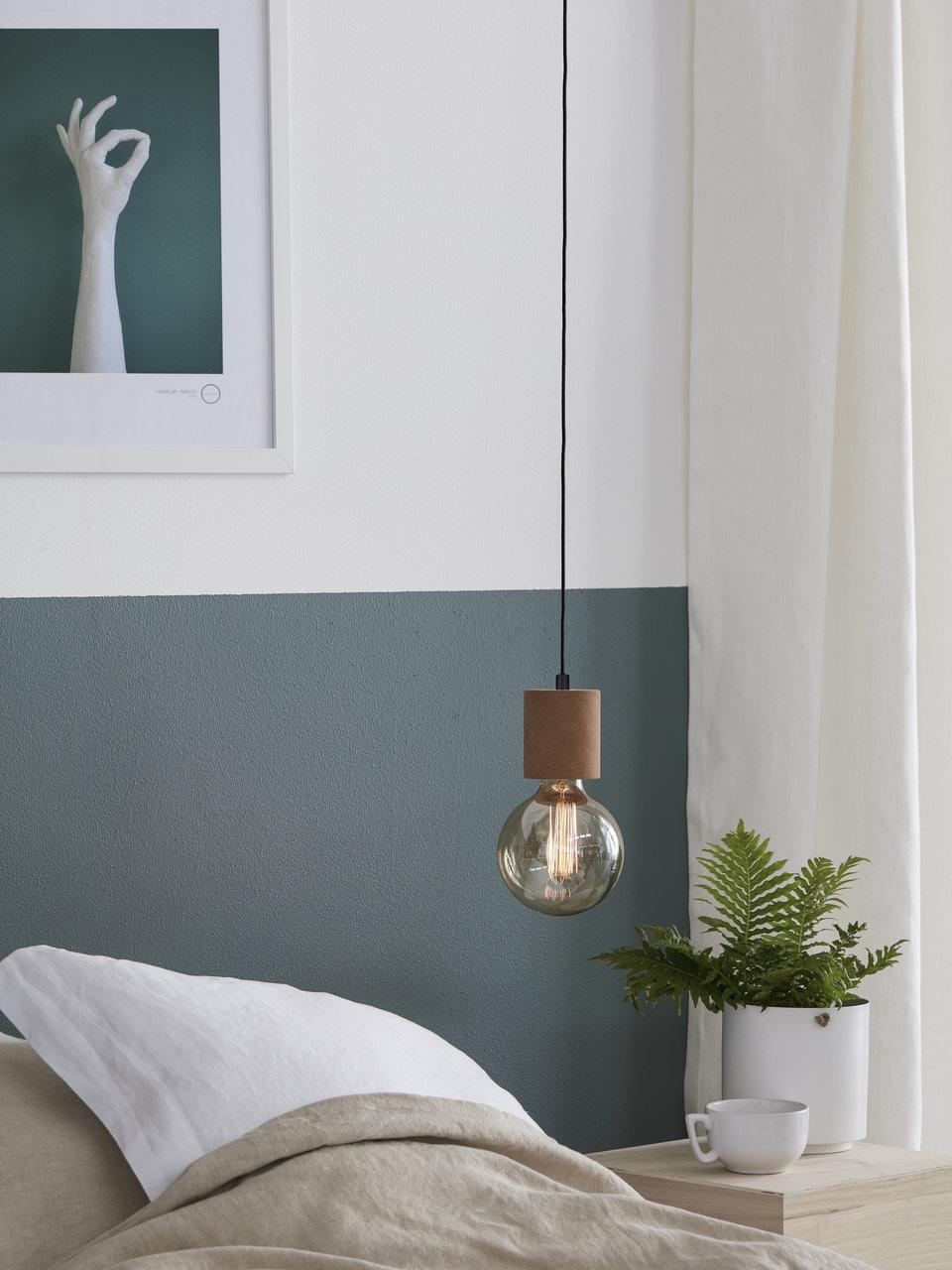 lampy wiszące małe łózko
