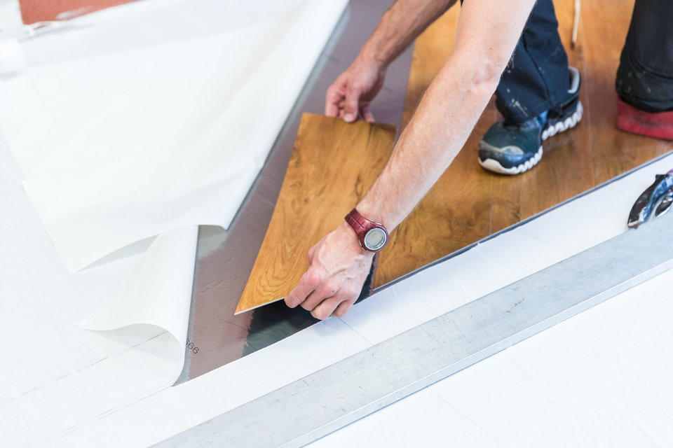 Montaż podłogi za pomocą technologii SwitchTec