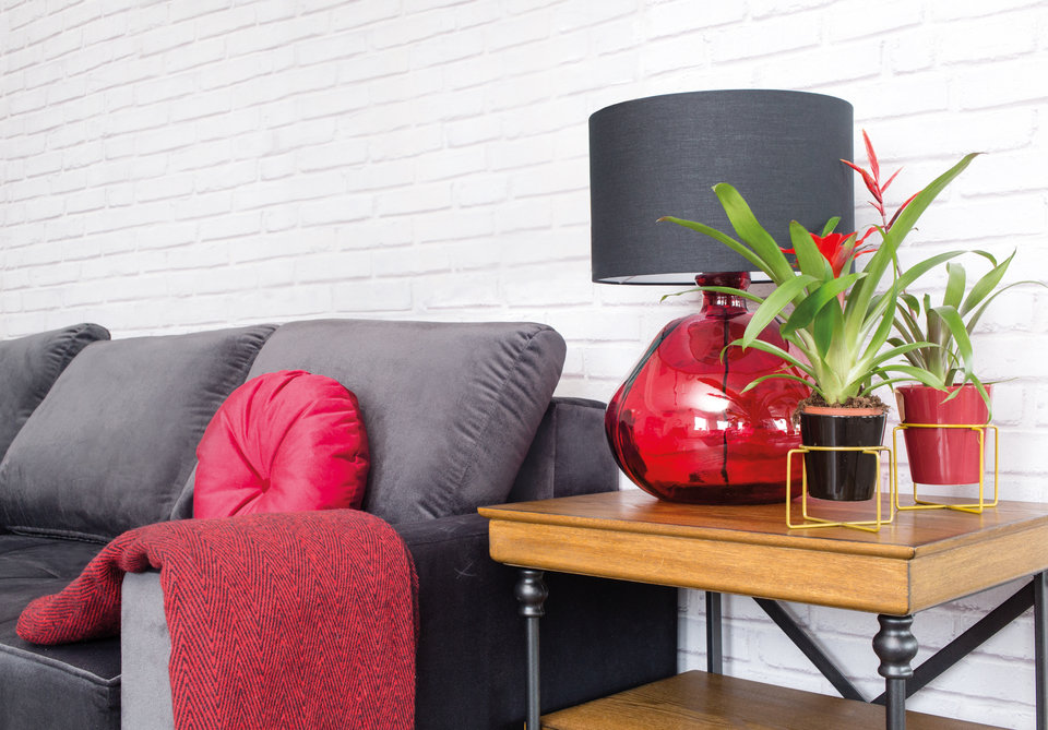 Czerwona lampa MHL0-26 ze szkła z recyklingu