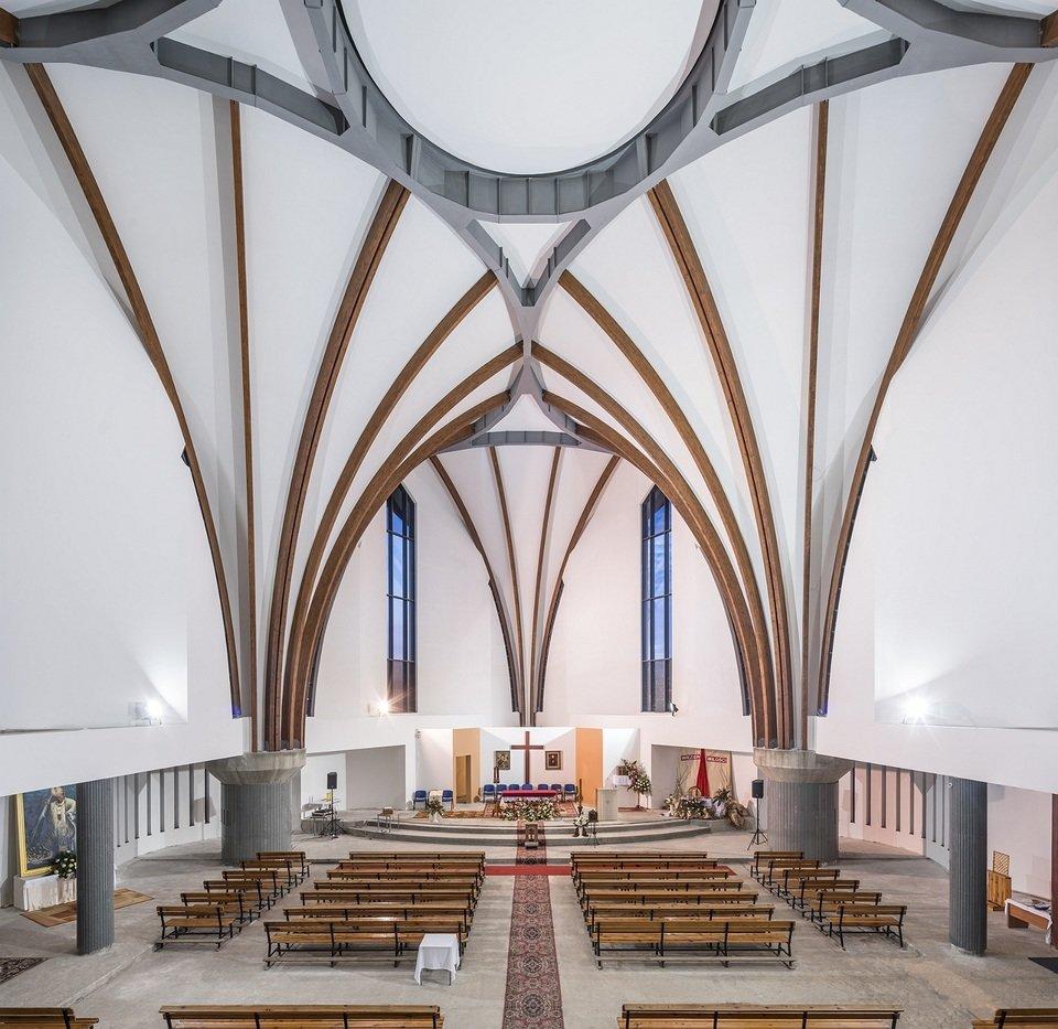 Rockfon® Mono® Acoustic, kościół parafialny p.w. Błogosławionego Księdza Stefana Wincentego Frelichowskiego w Toruniu