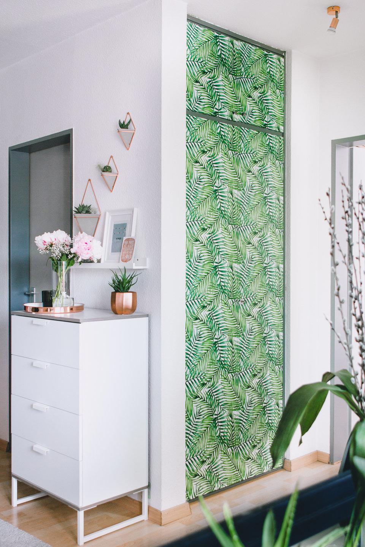 Pixers DIY self-adhesive wallpaper door makeover by @rosegoldandmarble.de. <br>Source: https://www.instagram.com/p/BUZb4vyAvhS/