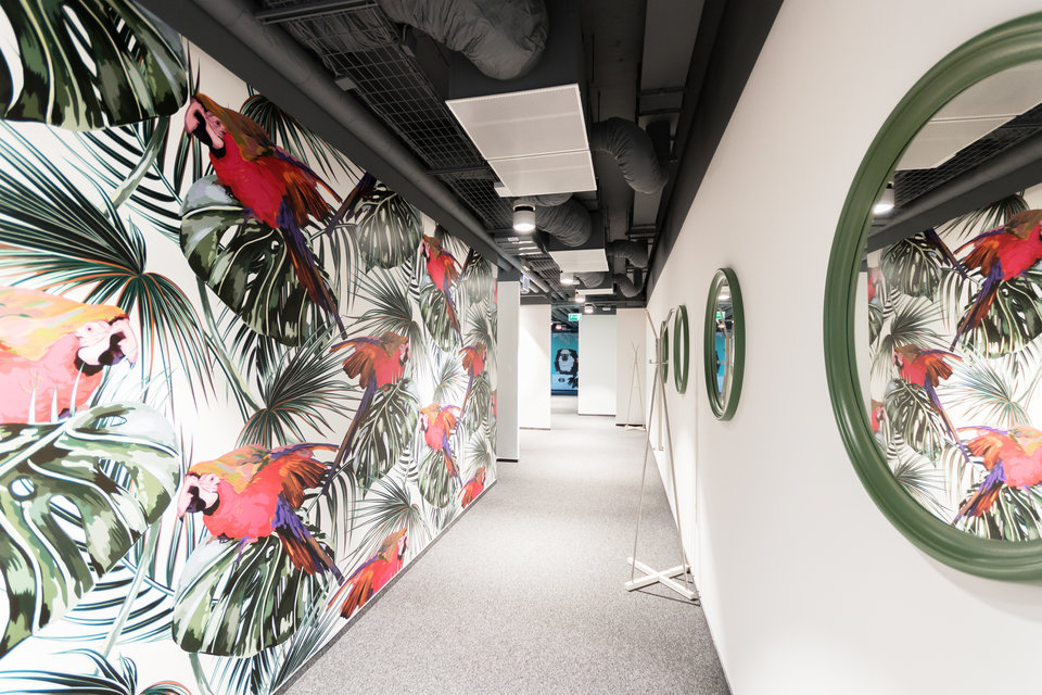 Corridors covered with fashionable greenery