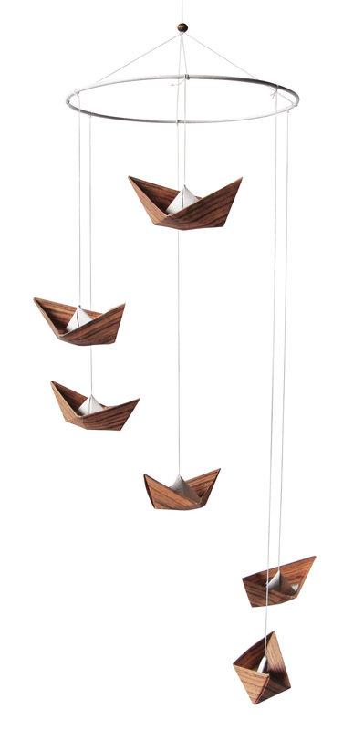 08_Origami-Mobile_in_Holzoptik_Casa-colorata_ueber_dawanda_com.jpg