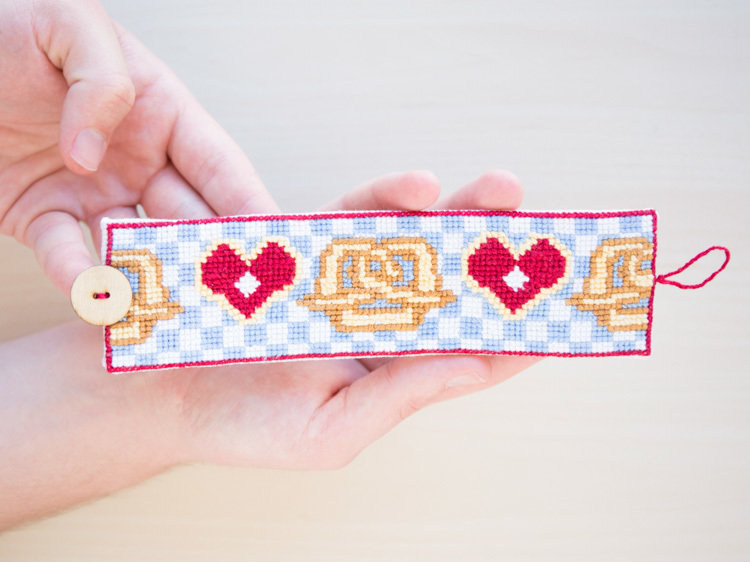 Wiesn-Armband fürs Oktoberfest sticken_DaWanda DIY with Love (19).jpg