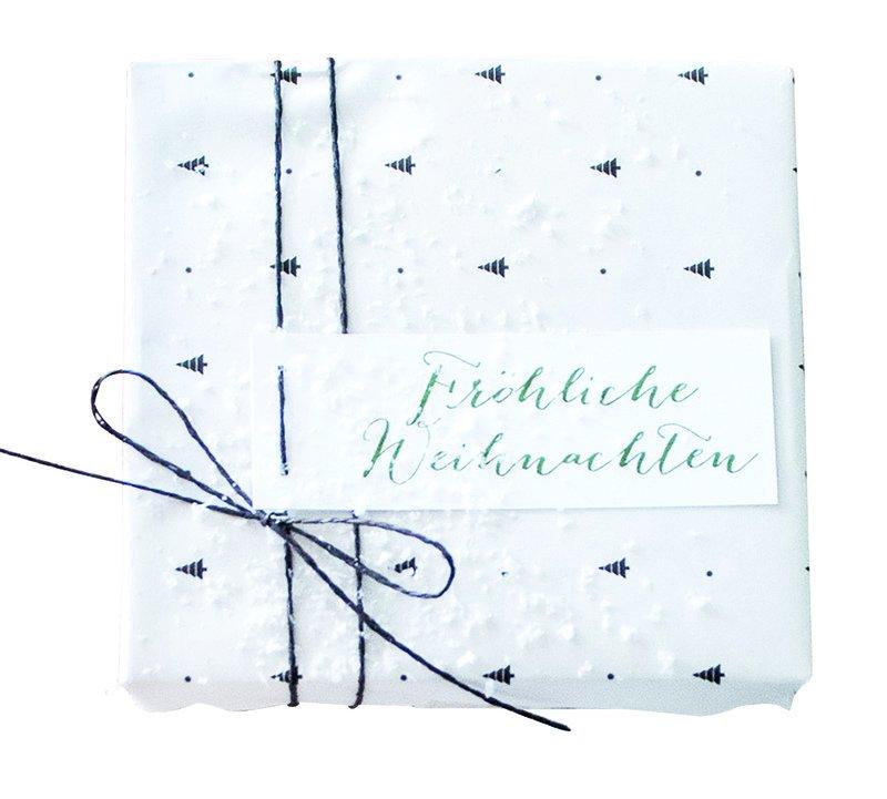 17_Geschenkanhaenger_Froehliche_Weihnachten_AugustundGertrude_ueber_dawanda_com.jpg