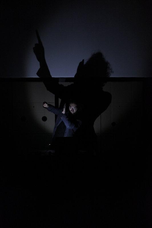 Jeden gest FOT. Kobas Laksa (8).JPG