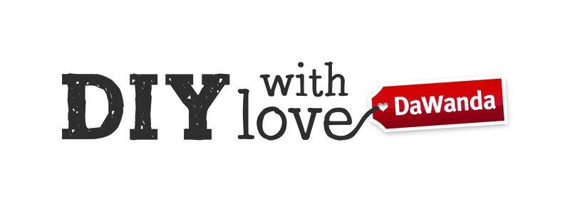 Logo DIY with love.jpg