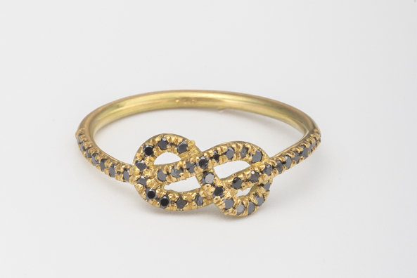 Black diamonds Infinity engagement knot ring by mbfjewelry, 680€