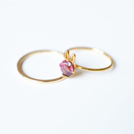 Pink tourmaline bunny ring by SundayIslandSweden, 330.00 €