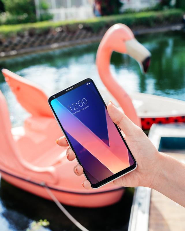 LG V30_Flamingo.png