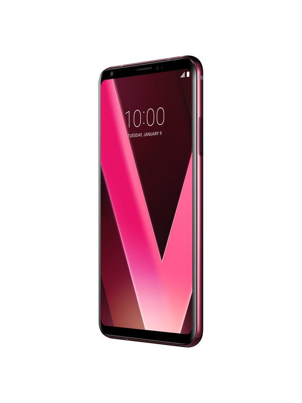 LG V30_Shot 3_RR_on shot.jpg