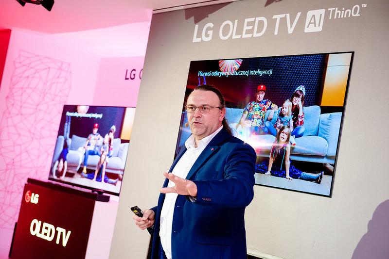 Premiera-LG-OLED-TV-i-SUPER-UHD-TV-ThinQ-AI-14.jpg