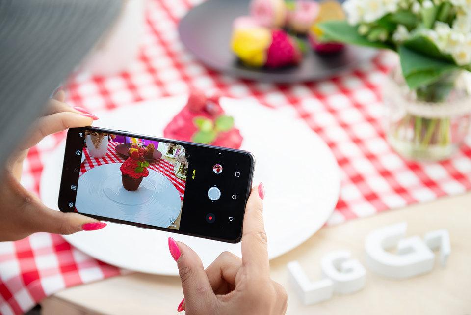 LG G7 ThinQ (9).jpg