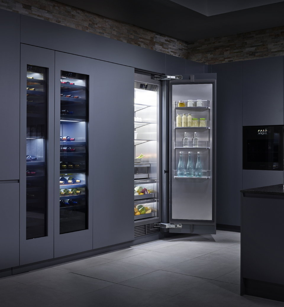 LG SIGNATURE KITCHEN SUITE_Refrigerator & Wine Cellar.jpg