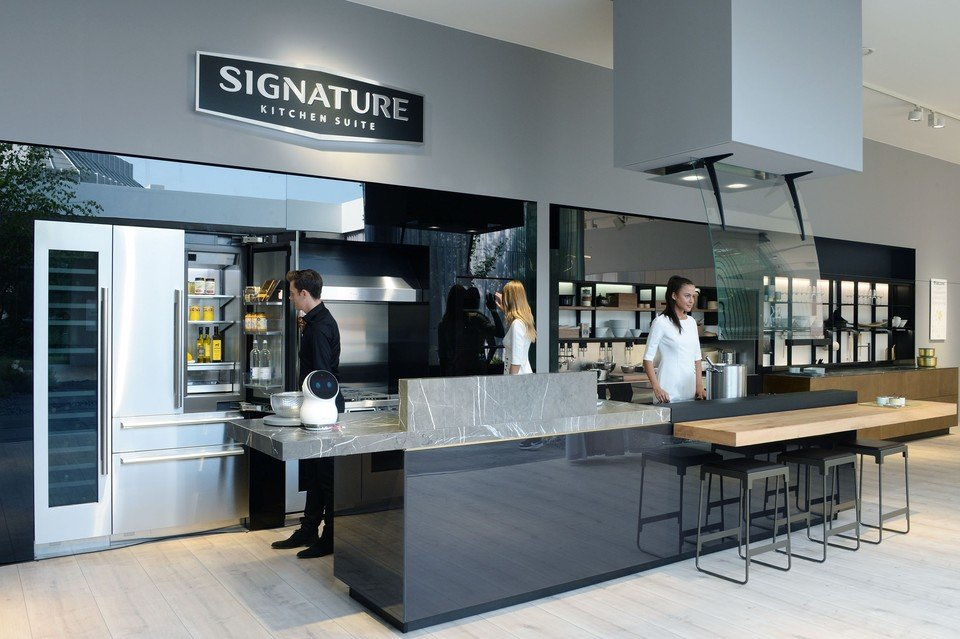 Signature-Kitchen-Suite.jpg