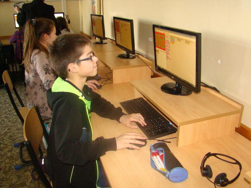 Film i zdjęcia ze Szkoły Podstawowej w Boguchwale