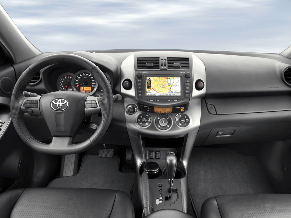 Toyota RAV III_05.jpg