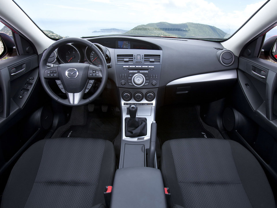 Mazda 3_II_04.jpg