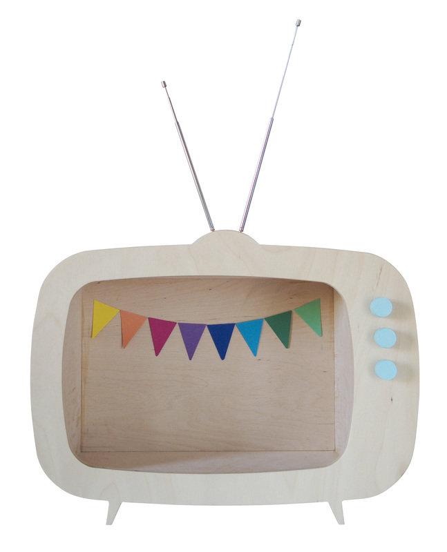 15_Etagere_television_bois_upwarsaw_sur_dawanda_com.jpg