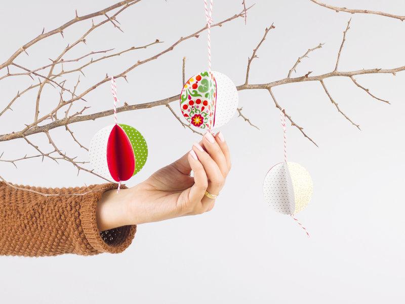 Weihnachtsanhaenger_aus_Papier_dawanda.jpg