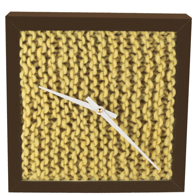07_Horloge_minimaliste_tricot_HerrMittmann_sur_DaWanda_com.jpg