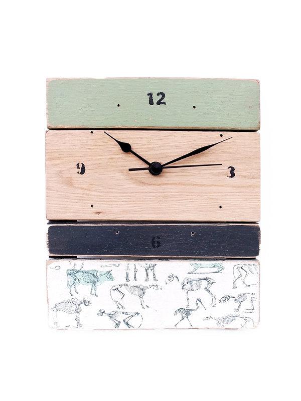 12_Horloge_cabinet_de_curiosite_56P_sur_DaWanda_com.jpg
