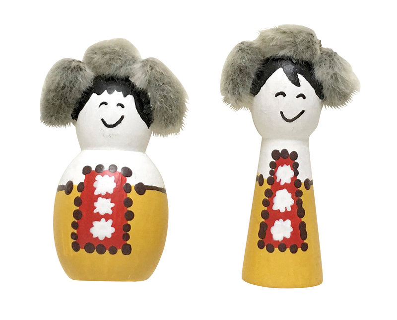 18_Poupees_bois_inuits_EmbossingBird_sur_DaWanda_com.jpg