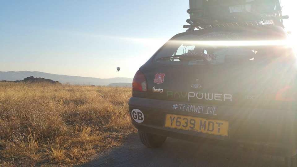 team-we-live-RAV-power-capadoccia-turkey-hot-air-balloons_n88tsd.jpg