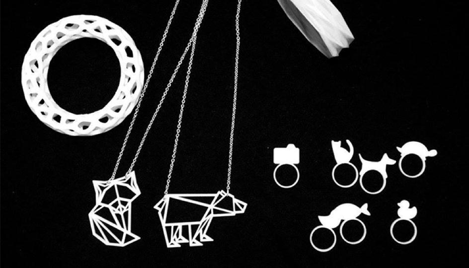 Jewelry made by Italian architect Roberta Conti (http://www.brujita.me/)