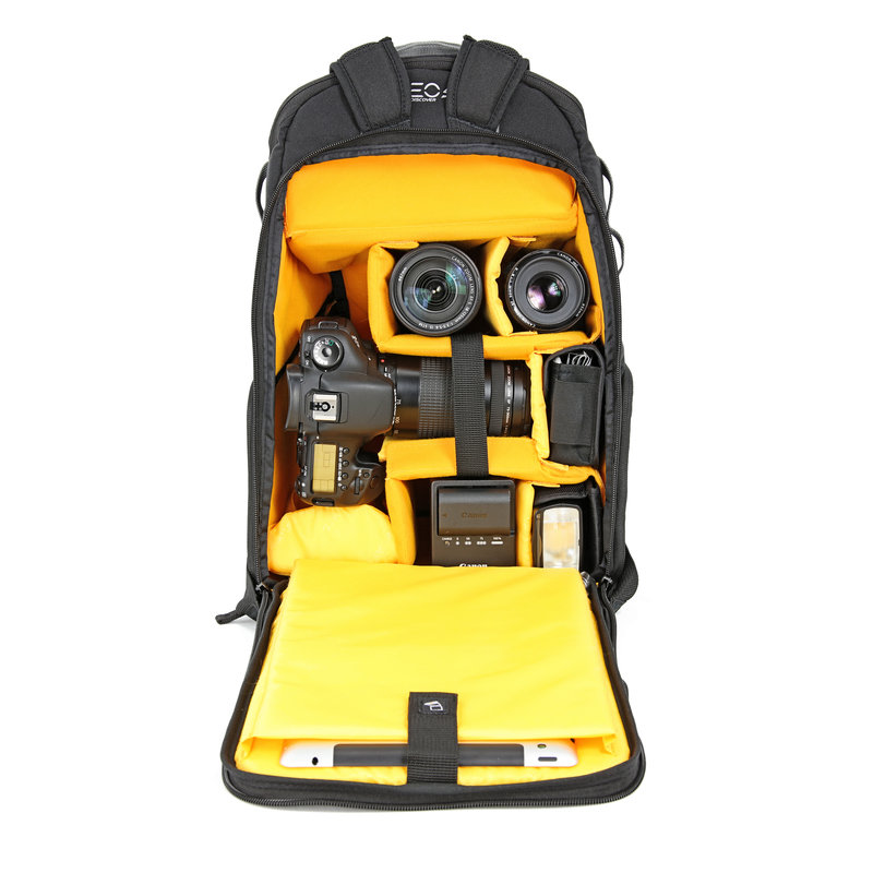 VEO-Discover-46-Gear-Inside-Bag.jpg
