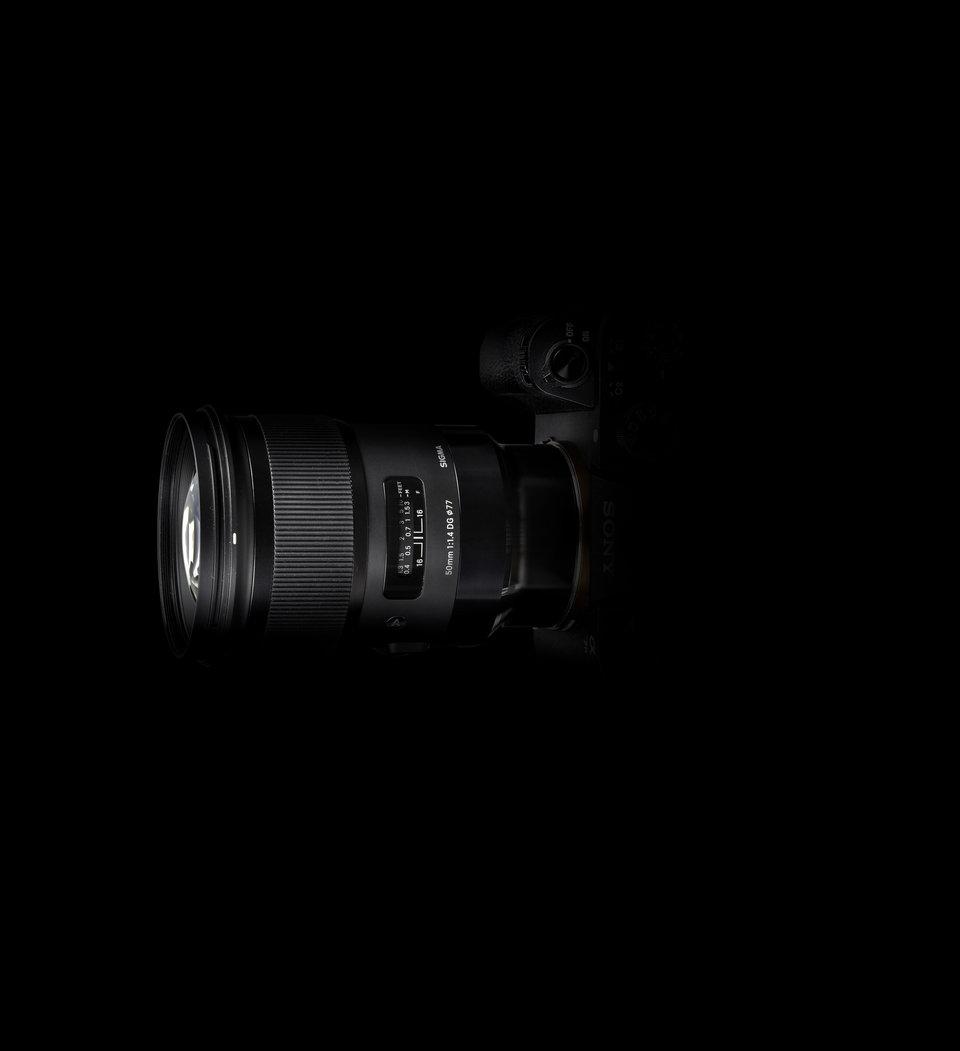 SIGMA  50mm ART + SonyE black back2_5.jpg